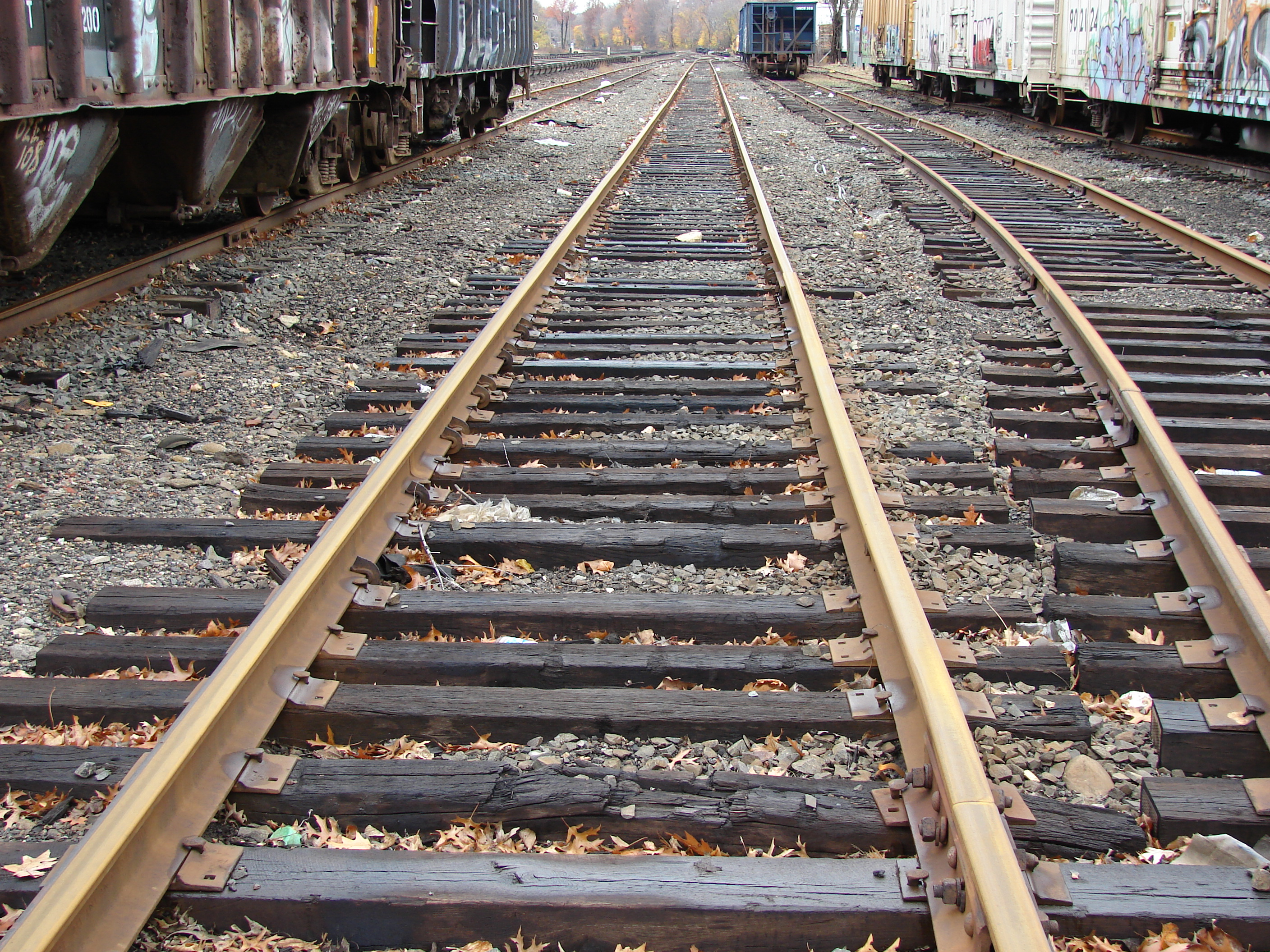 common railroad saftey hazards