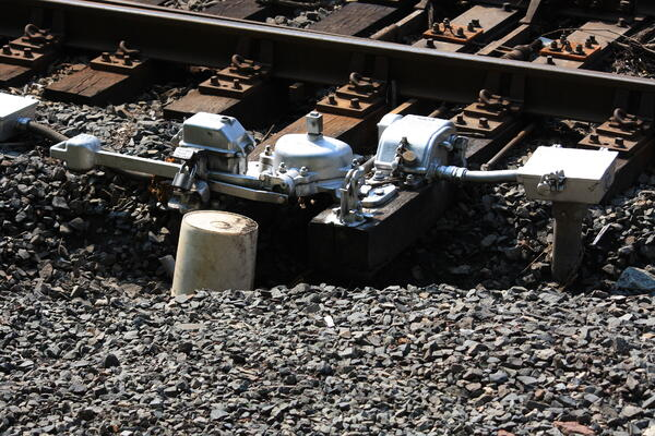 dangerous worksite leads to injury and railroad lawsuit