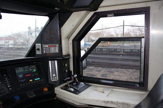locomotive_cab_LIRR.jpg